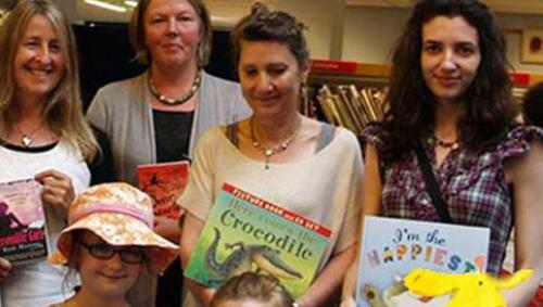 im-the-happiest-book-signing-at-frome-festival