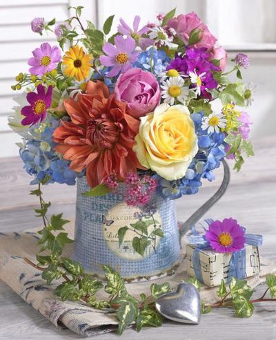 floral-still-life-bouquet-lmn49359