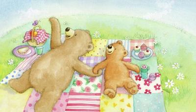 mummy-and-baby-bear-watching-the-clouds-portfolio-gail-yerrill