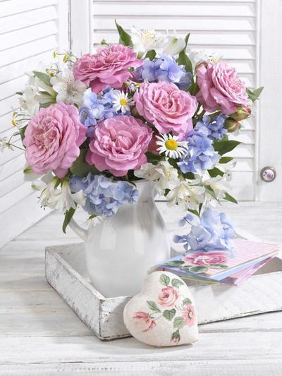 floral-still-life-roses-lmn49006-1