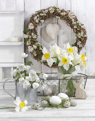 easter-floral-still-life-greeting-card-lmn54175-jpg