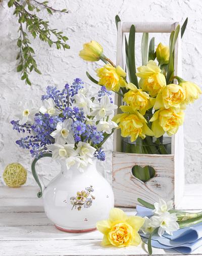 easter-floral-still-life-greeting-card-lmn60841-jpg