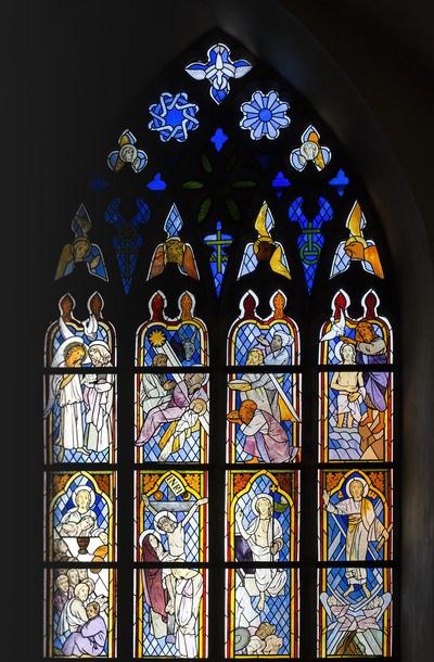 mpj-church-glasspaintings-tallinn-jpg