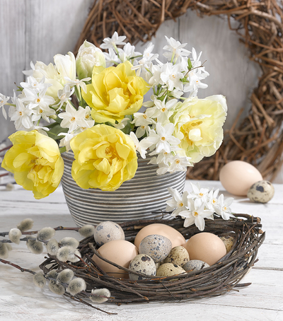 easter-floral-still-life-greeting-card-lmn68588-jpg