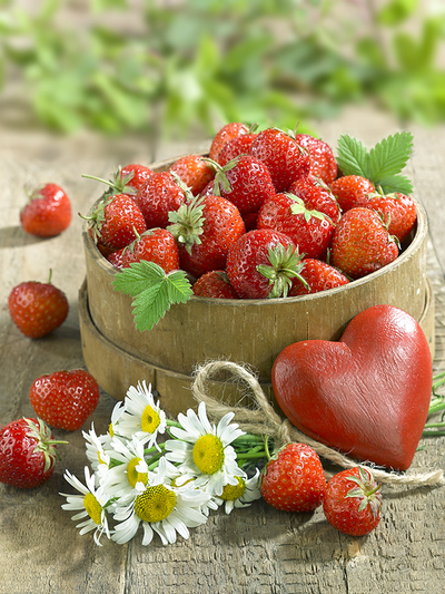 still-life-greeting-card-strawberry-lmn70151-jpg